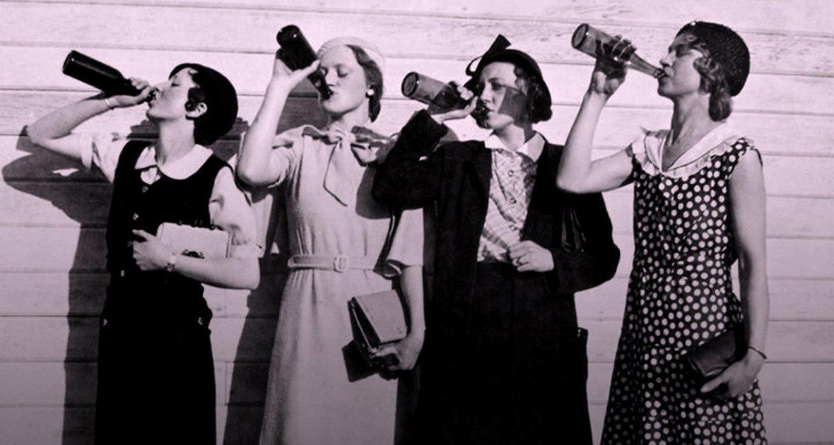drinking-women