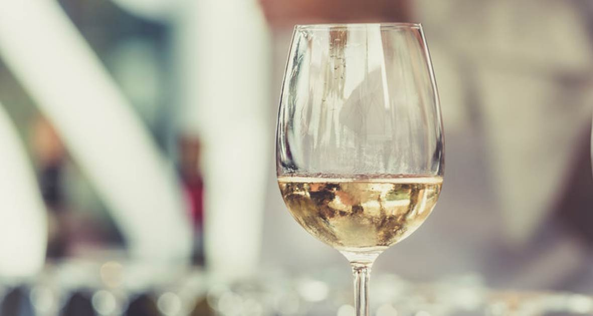 white-wine-glass-1180